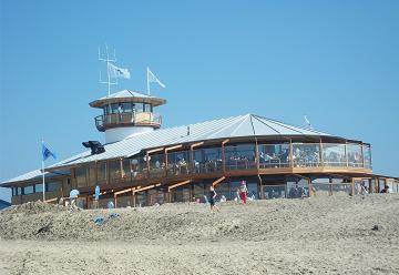 houten strandpaviljoen